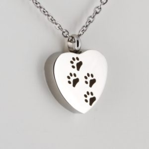 Cremation jewellery for pets from Angel Urns